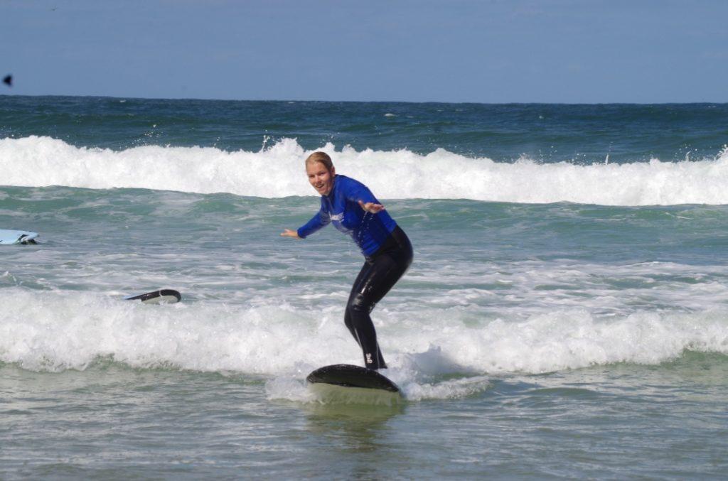 Surfa i Australien - Adrenalinkickar Daysbyju